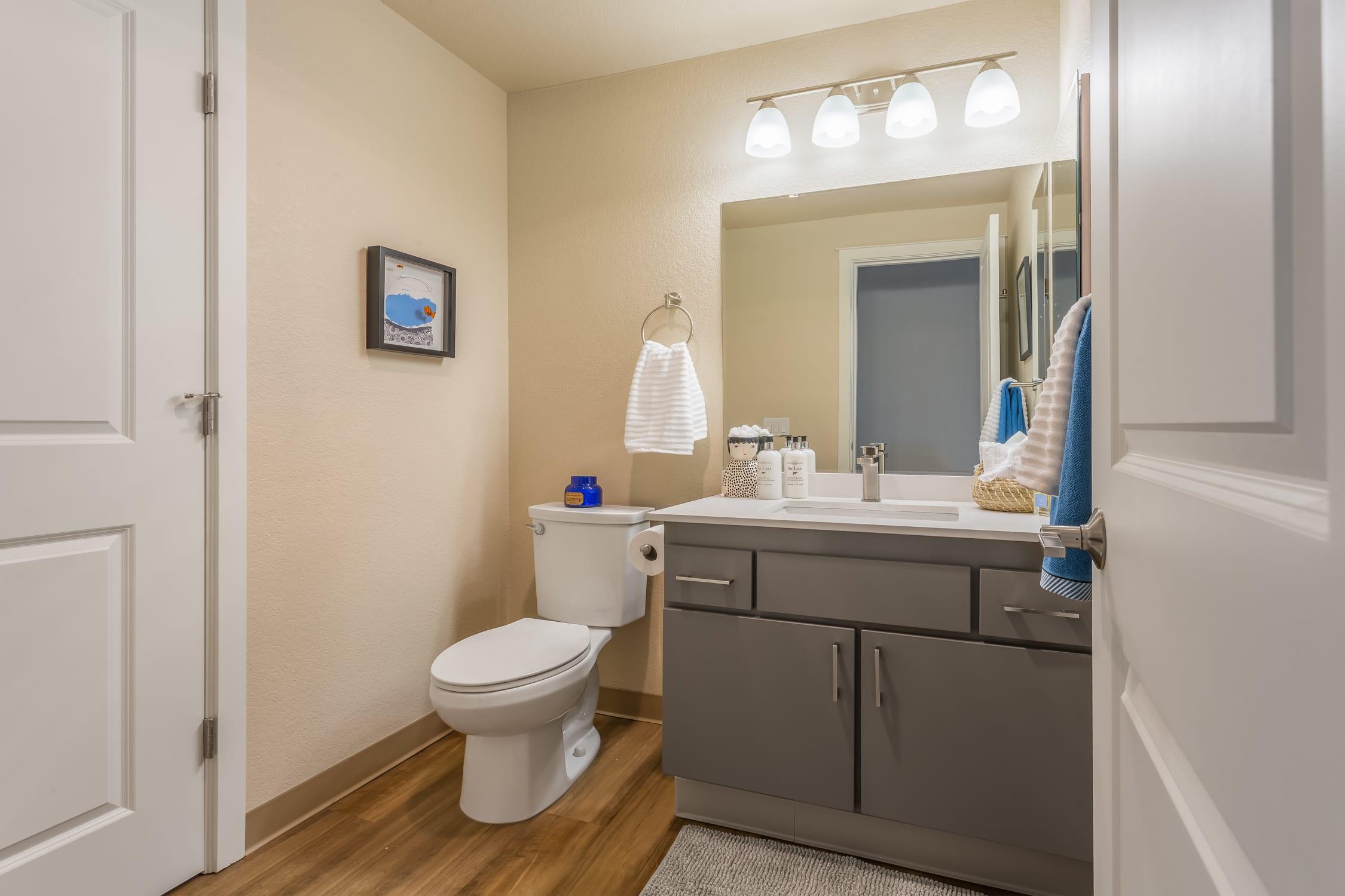 Haller post Apartments bathroom